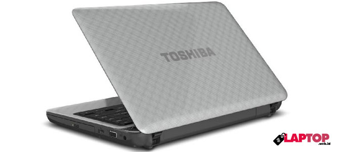 Toshiba Satellite L745 - www.tokohuda.com
