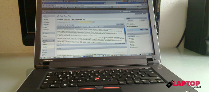 Lenovo ThinkPad Edge 15 - juliank.wordpress.com