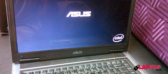 Laptop, ASUS, notebook, perangkat, prosesor, harga, produk, entertainment, multimedia, layar, display, resolusi, desain, stylish, Intel